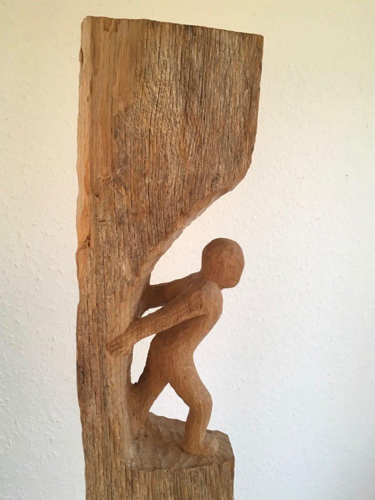 Ulrike Dillig - vorwärts 2 - Eichenstele - 145 cm